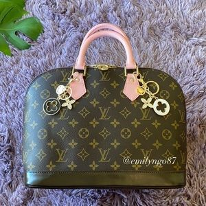 🍫 SWEET🍓 Authentic Louis Vuitton Alma PM